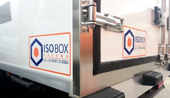 Dettaglio furgone frigo Iveco daily Isobox